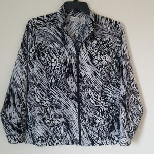 Chico's Zenergy Multicolored light weight Jacket